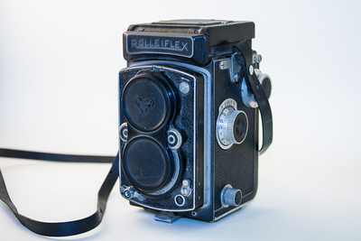 Rolleiflex T The Rolleiflex TLR (twin lens reflex) medium format range was introduced in 1929, and continued with comparitively minor changes until 1993. The Rolleiflex T (this one) was released circa 1962. The Rolleiflex T was the sister version of the Rolleicord (the consumer model) and used 120 roll film.