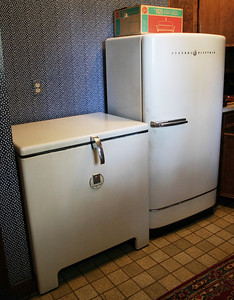 Working 1950's appliances.  Excellent condition!