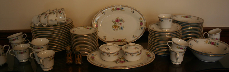 Large, immaculate china service
