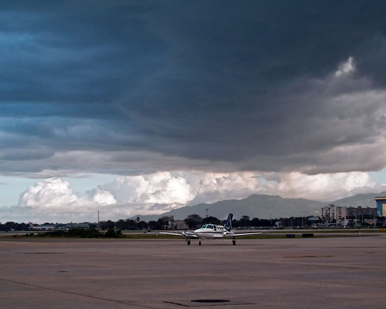 Ok, now in order! This is San Juan Airport, Luis Munoz, leaving on Air Sunshine, flying to the British Virgin Islands, namely to Virgin Gorda.