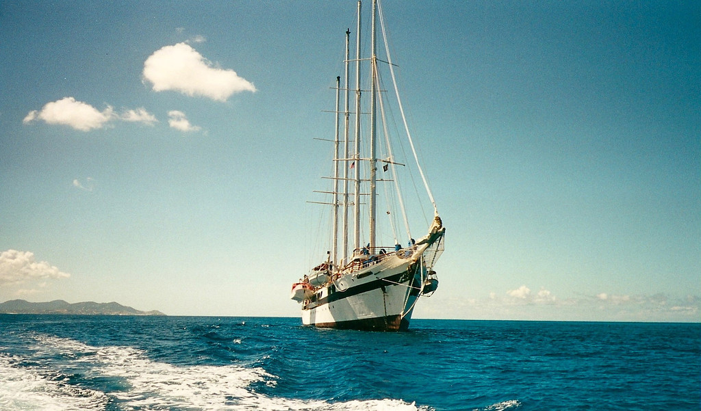 Windjammer Barefoot Cruise's SV Legacy - US Virgin Islands -  Photo