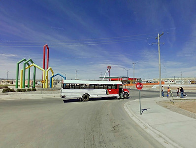 juarez bus stop circle
