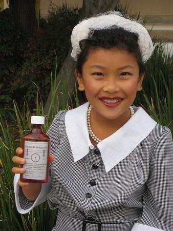 Vitameatavegamin-Paige plays Lucy! - November, 2009