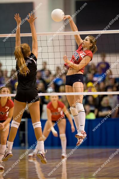 SchoolCraft vs. Unionville-Sebewaing<br /> Girl's High School Volleyball<br /> 2008 MHSAA Class C Semifinals