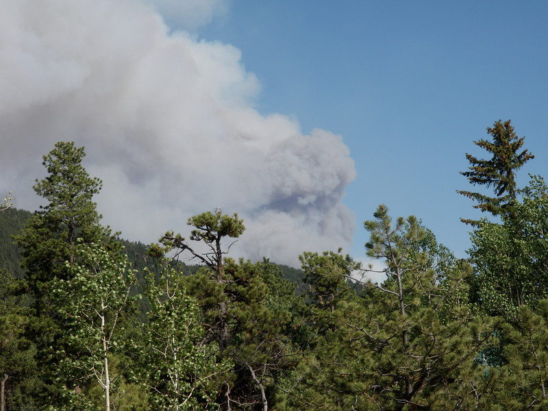 Close up of the plume as it was making it's run toward rampart reservoir