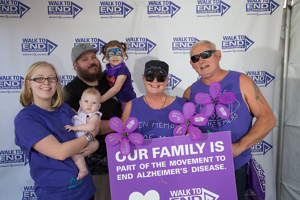 Walk_To_End_Alzheimers_PDX-40