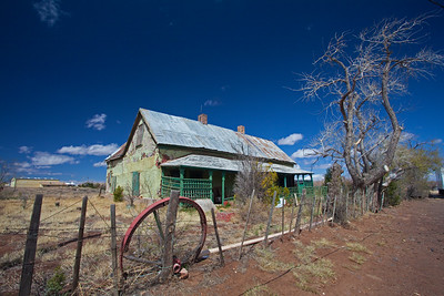 wagon wheel & green house in C