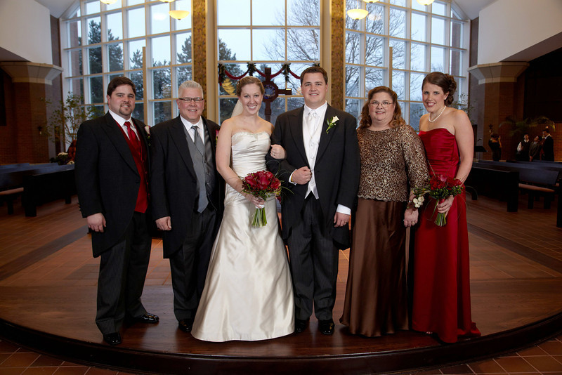 Minneapolis, MN - Ehrlich-Walsh Wedding in Naperville, IL Date: Saturday December 19, 2009 Photo by © Greenspring Media/Todd Buchanan 2009 Technical Questions: tbuchanan@greenspring.com; Phone: 612-226-5154.
