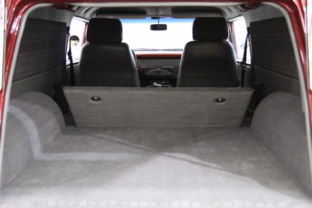 Lot 020 rear Interior