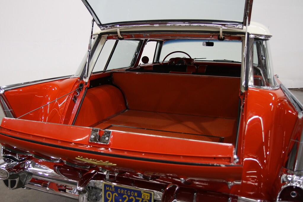 Lot 037 rear interior