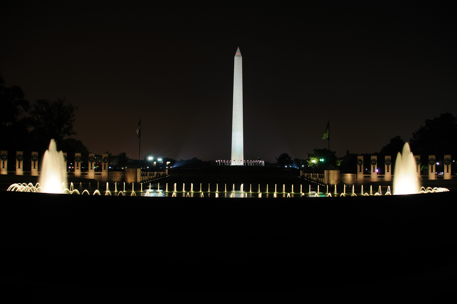 World War II Memorial & Washington Monument