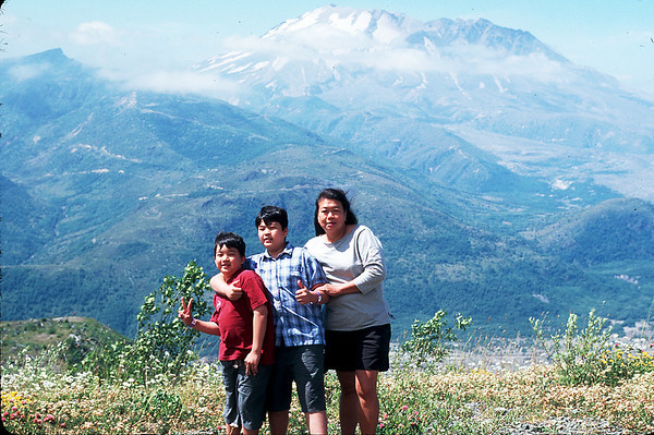 Washington state,Mt.Rainier,Mt.St.Helen,Olympic national park