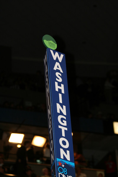 Washington sign on the convention floor during the historic balloting at the Pepsi Center in Denver during the Democratic National Convention Wednesday, August 27, 2008.