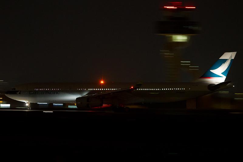 http://www.vortexaviationphotography.com/Other/webposting/i-Q7m4Vfg/1/L/A33312802-L.jpg