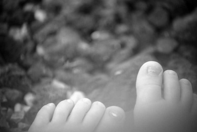 Toddler Feet_1d