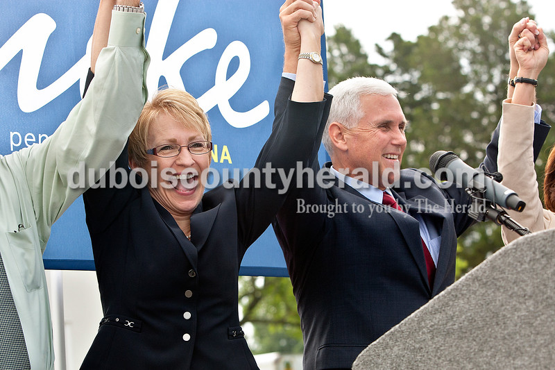 Dave Weatherwax/The Herald<br /> State Rep. Sue Ellspermann, R-Ferdinand, was announced this morning as Republican gubernatorial candidate Mike Pence's running mate during an announcement made by Pence at the Tri-County YMCA.