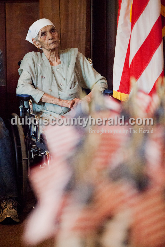 Rachel Mummey/The Herald<br /> Swaran Kaur of Greenwood was the eldest person to gain their citizenship during the naturalization ceremony at the Lincoln Boyhood National Memorial on Tuesday. The 86-year-old is originally from India.