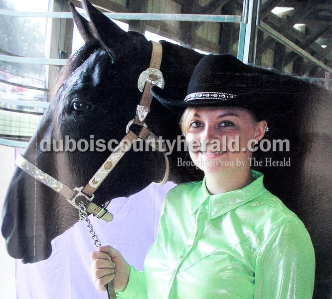 Sara Breitwieser: grand champion performance gaited horse rider senior