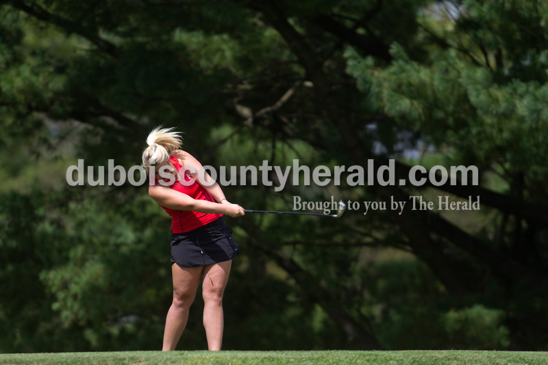Olivia Corya/The Herald<br /> Southridge's Ally Bounds teed off during the IHSAA Sectional at the Jasper Municipal Golf Course on Saturday.