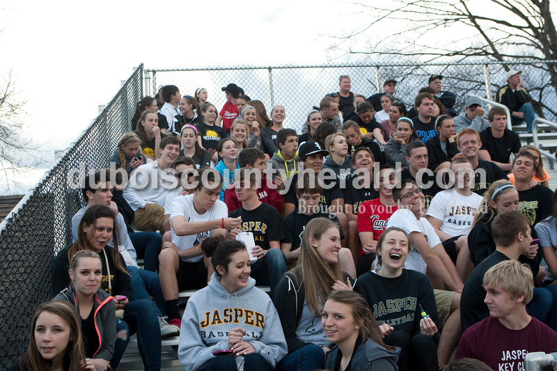 Heather Rousseau/The Herald<br /> Jasper High School baseball fans watched the game against New Trier in Jasper Monday night. Jasper lost 5-4.