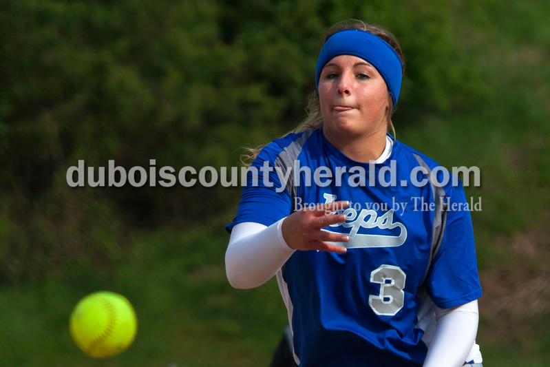 Northeast Dubois'  Kendra Jacob pitched the ball during Tuesday night's game against Barr-Reeve in Dubois. The Jeeps lost 8-2. <br /> <br /> Alisha Jucevic/The Herald