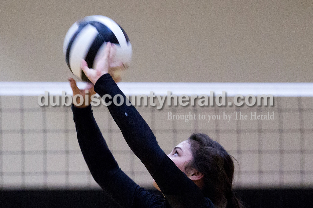 Forest Park's Katelyn Tretter set the ball during Monday night's match against Southridge at Southridge High School in Huntingburg. The Raiders defeated the Rangers in three sets. <br /> Alisha Jucevic/The Herald
