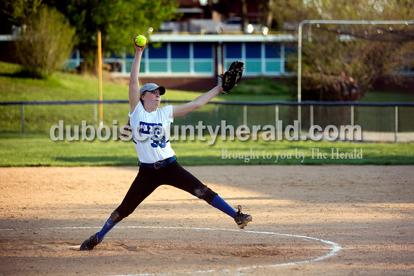Northeast Dubois' Clare Mangin pitched during Monday evening's game against Southridge in Dubois. The Jeeps won 7-6. Ariana van den Akker/The Herald