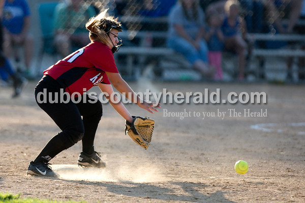 Southridge's Macie Marley grabbed a ball to force an out at second during Monday evening's game against Northeast Dubois in Dubois. The Jeeps won 7-6. Ariana van den Akker/The Herald