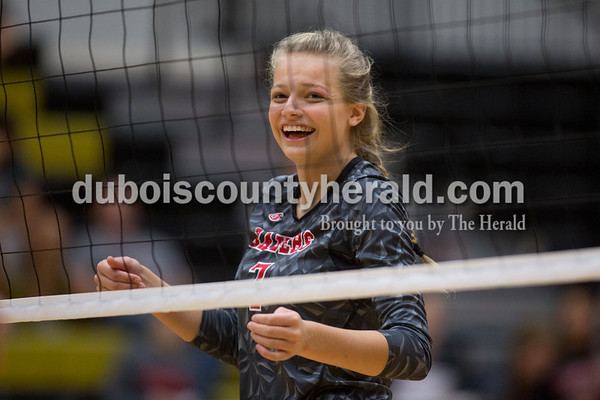 Sarah Shaw/The Herald Southridge's Kenzie Lubbehusen reacted to winning a point during the game in Jasper on Thursday. Jasper won 3-0.