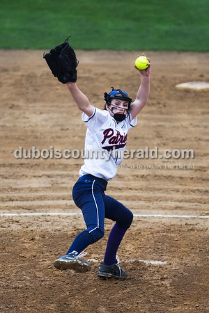 Heritage Hills' Emma Eubank pitched during Friday's softball game in Lincoln City. Heritage Hills defeated Southridge 10-5. Sarah Ann Jump/The Herald