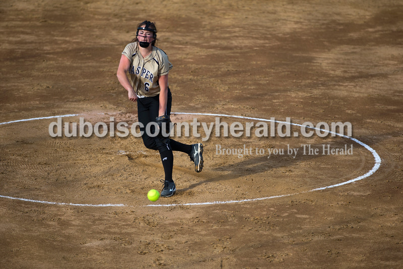 Jasper's Olivia Knies pitched during Tuesday night's game against South Spencer in Jasper. The Wildcats lost 5-3. <br /> <br /> Alisha Jucevic/The Herald