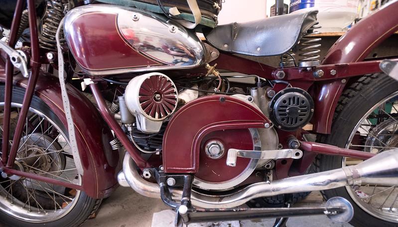 oldbikes 2.jpg