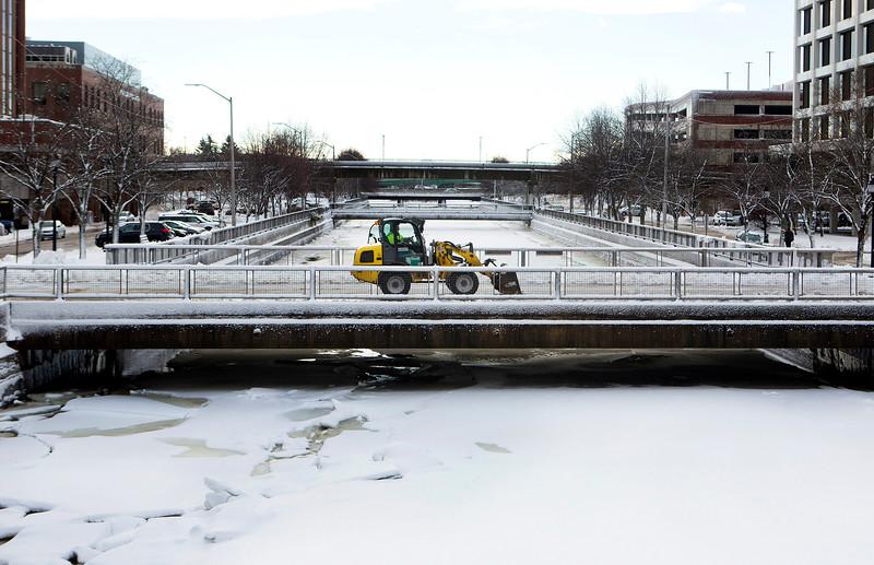 Snow123016 010.JPG
