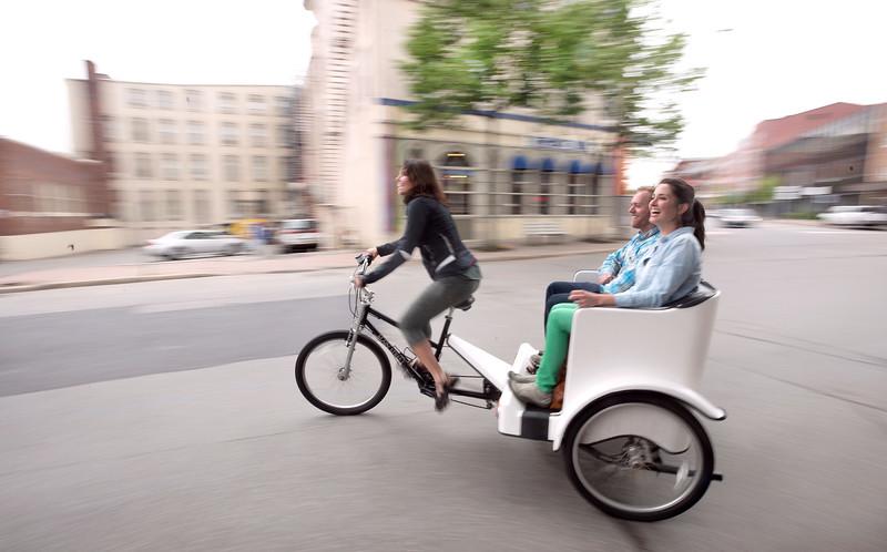 Pedicab060216.jpg