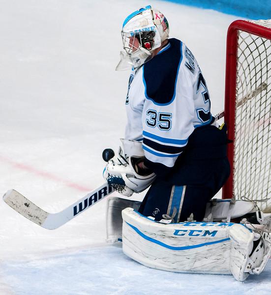 UMhockey120316 006.JPG