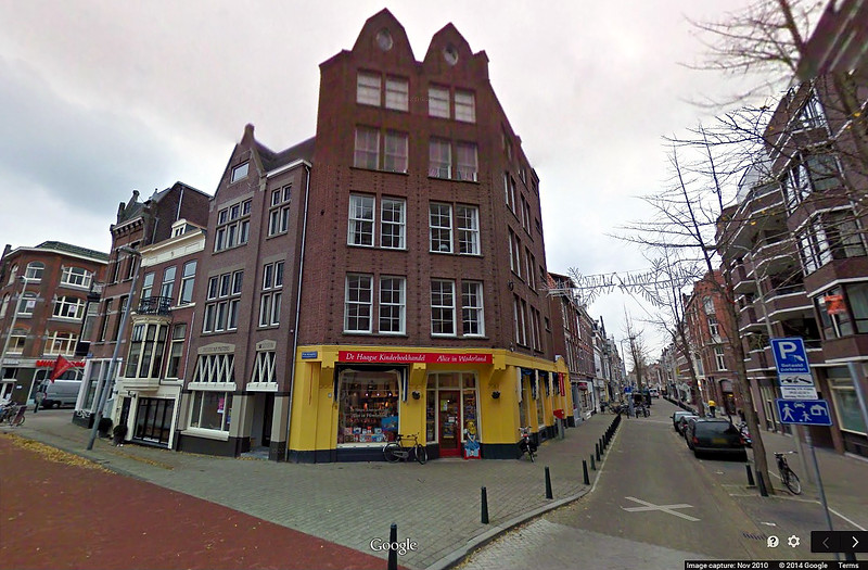 A former Weinthal & Co. store in the Hague is now a bookstore.