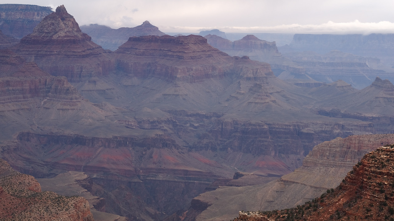 The heavy blanket of snow can be seen on the opposite rim of the canyon seeping in from the North . . .<br /> <br /> <br /> Grand Canyon NP, AZ