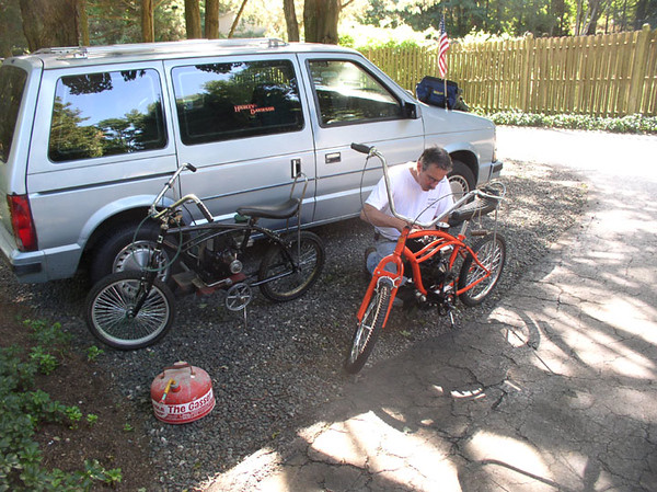 Doug piecing the old motorbikes back together for one more run, Westport, 2007.