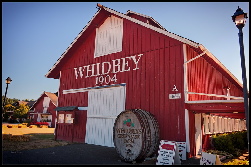Whidbeys Greenbank Farm (Loganberry Liqueur)