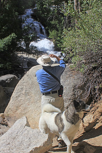 8/18/11 Gil photographing falls (Lone Pine Creek) at Whitney Portal Picnic area parking lot. Eastern Sierras, Inyo National Forest, Inyo County, CA