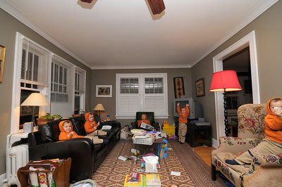 6 Ari's in a messy living room.  Can you find the 6th Ari?