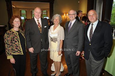 Pat Levinson, Peter Daszak, Pamela Thye, Aberlardo Currdumi, Dick Levinson photo by Rob Rich © 2009 robwayne1@aol.com 516-676-3939