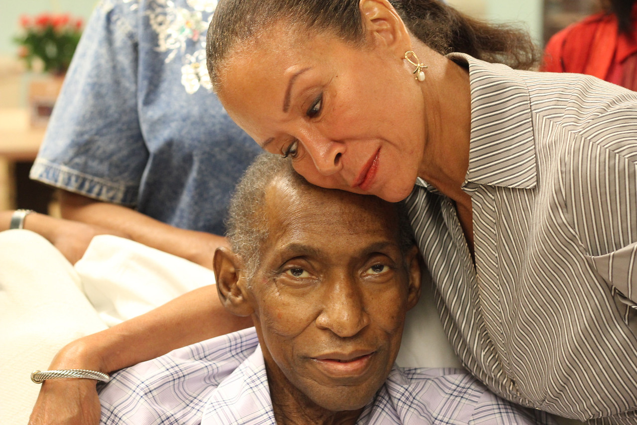 Longtime friend Freda Payne and Willis Edwards.  I see s smile!<br /> <br /> Photo by Isidra Person-Lynn