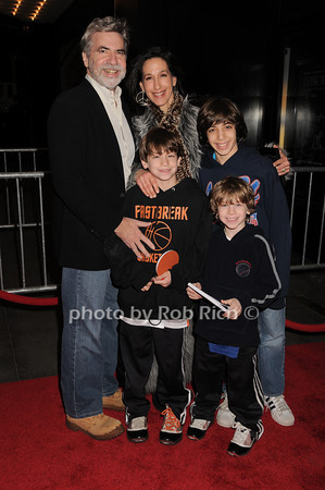 Dan Klores, family