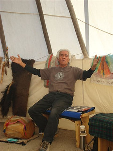 Larry Littlebird. Winter storytelling, Hamaatsa Council Lodge.