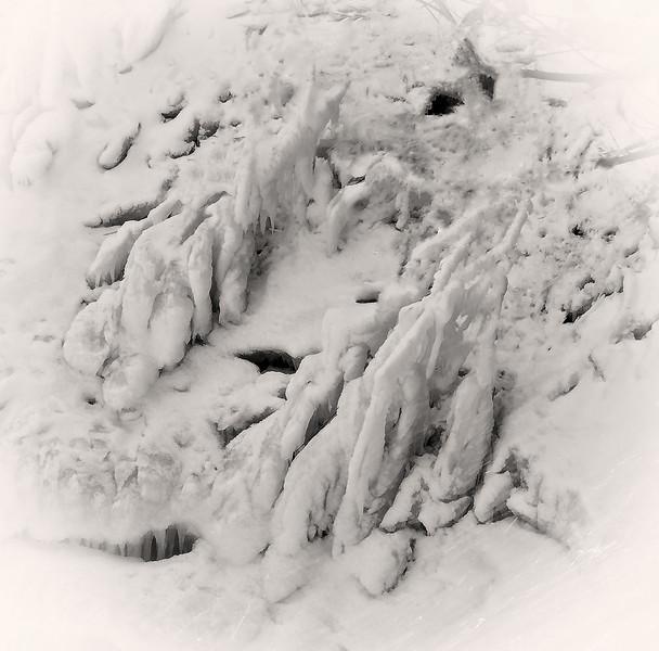 A winter Scene, neqr Niagara Falls, Canada