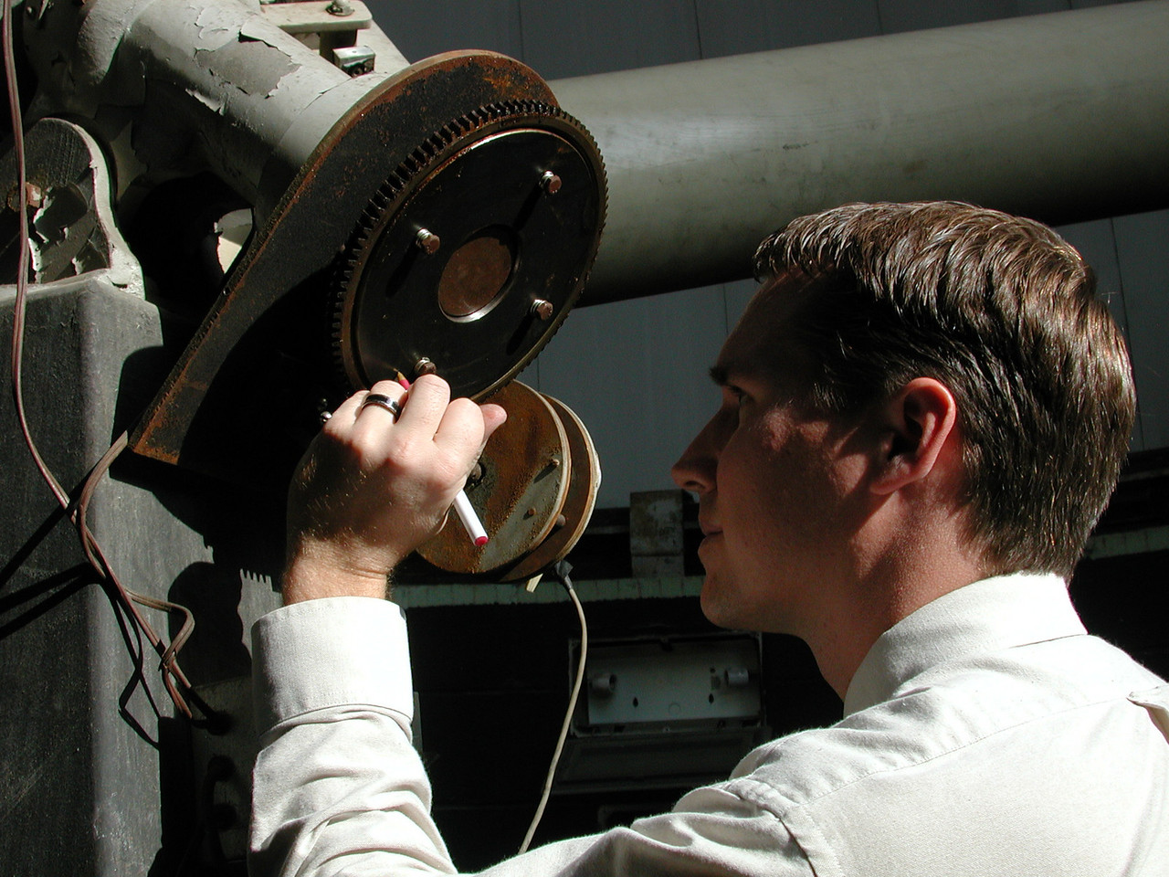 Here Jayson marks the gears to ensure clock drive is working properly.
