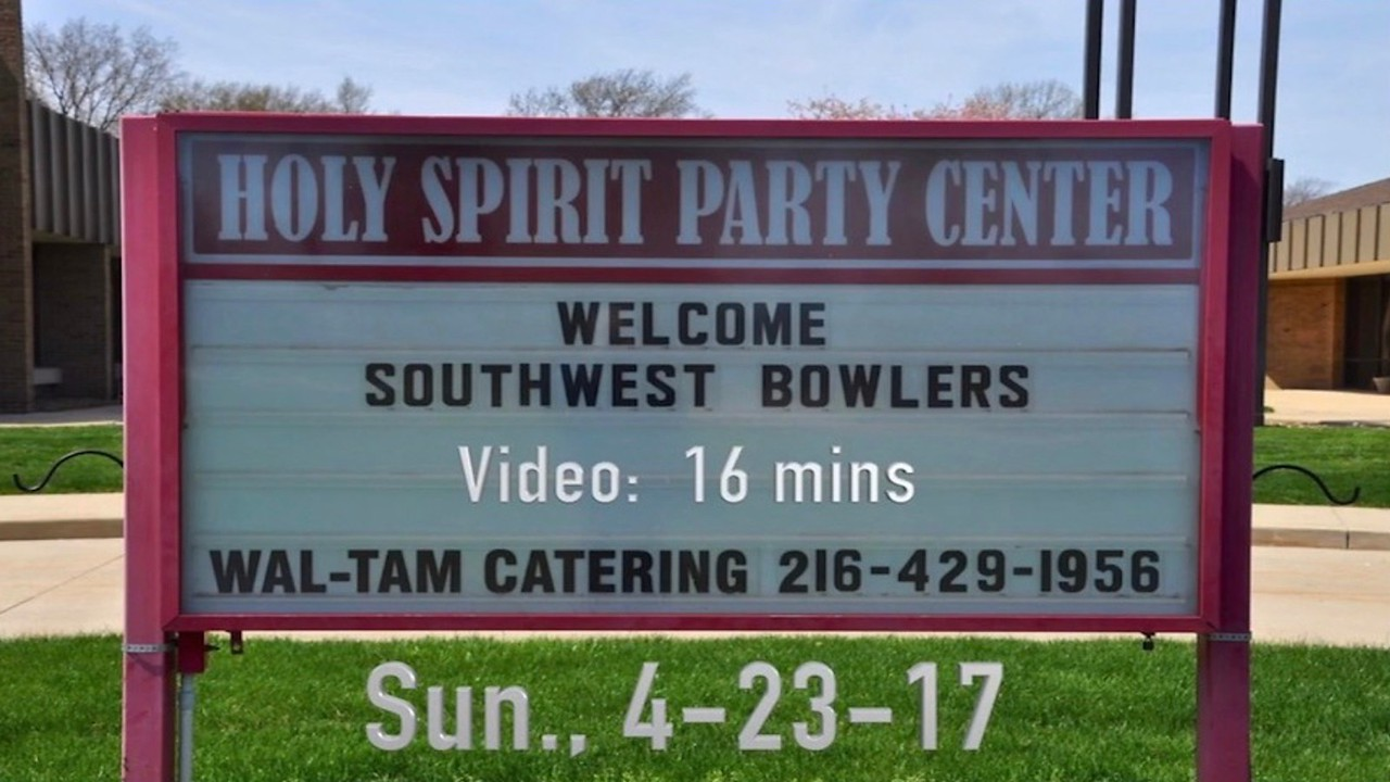 Southwest Bowlers ~~ VIDEO:  16 minutes -- Southwest Bowlers Banquet, April 23, 2017.  (Click on image above and then on triangle and video will play)   2016 - 2017