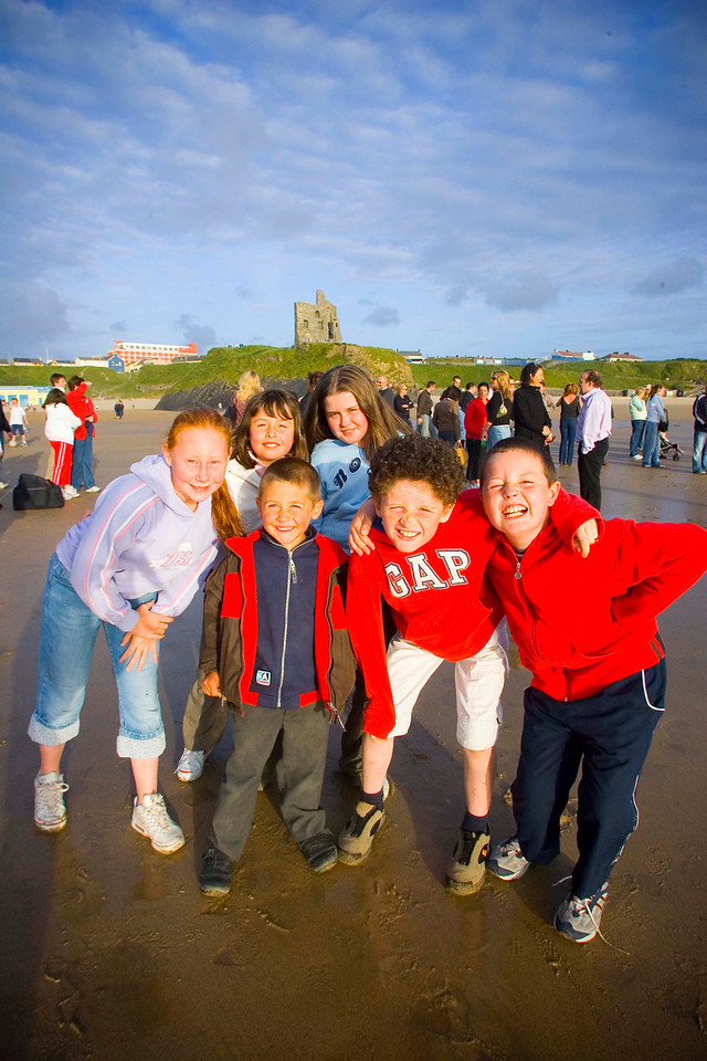 Ballybunion Children Shannon O Mahony, Padraig Holly, Orla Holly, Agnes Hitcher Neilus Mulvihill, and Packie Allen.<br /> Photo Brendan Landy