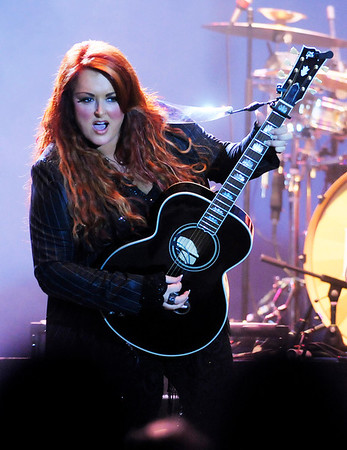 Wynonna and the Big Noise play at Hoosier Park on Saturday.